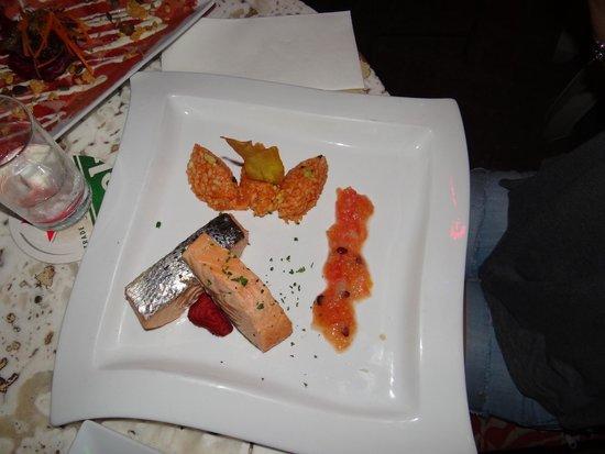Mundo Bizarro : Salmon