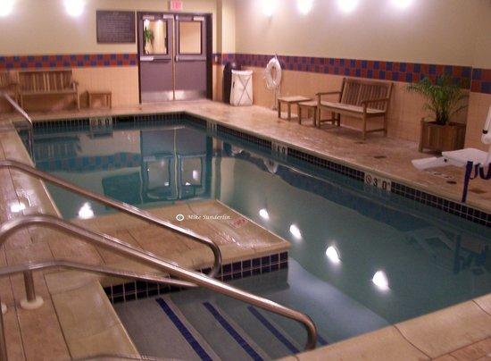 Hampton Inn Philadelphia Center City - Convention Center: Pool