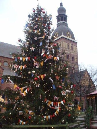 Rixwell Old Riga Palace Hotel : julemarked på Domkirkeplassen