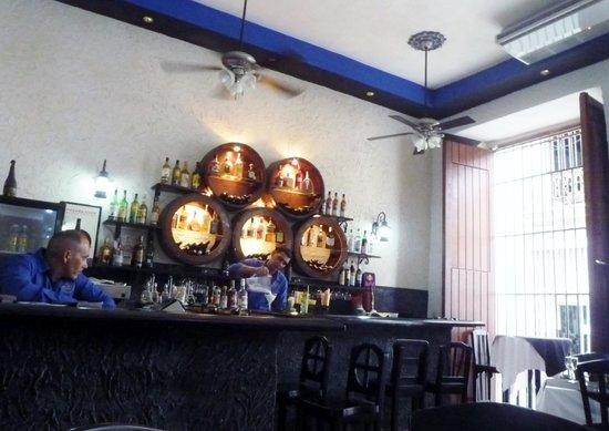 El Rum Rum de la Habana: Preparing the daquiri and mojito at El Rum Rum