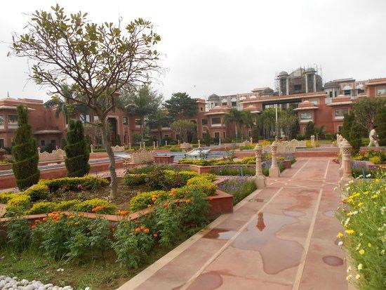 Orient Taj: Patio del hotel, simpático