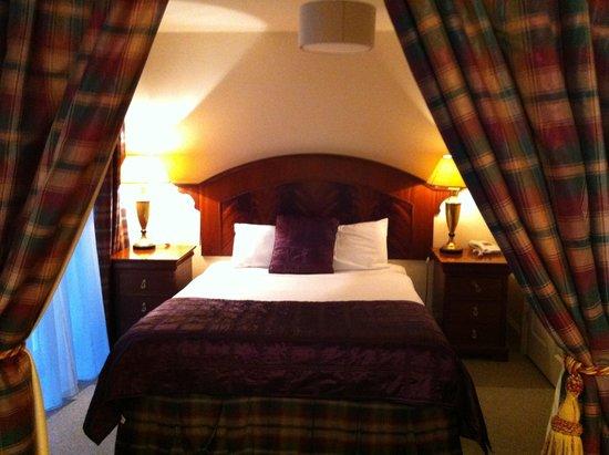 Rudloe Arms: Bedroom