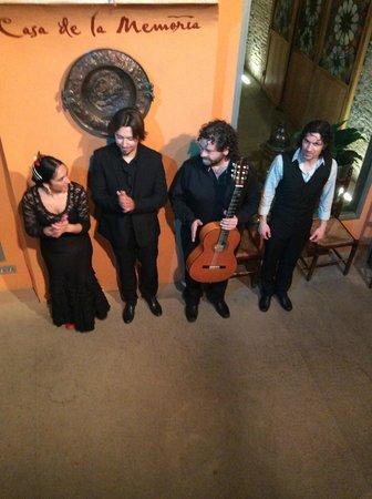 Casa de la Memoria: ``Raices flamenkas``