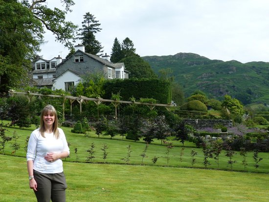 The Eltermere Inn: Looking across at Loughrigg