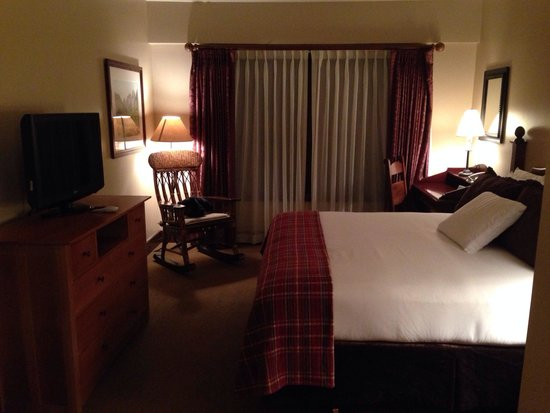 Teton Mountain Lodge & Spa - A Noble House Resort: Master bedroom 419