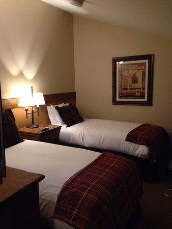 Teton Mountain Lodge & Spa - A Noble House Resort: Upstairs bedroom-419