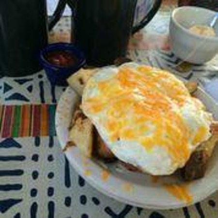 Magnolia Cafe South : eggscape