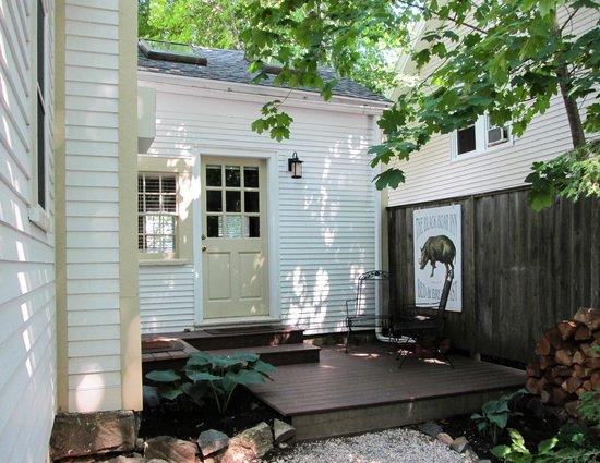 The Black Boar Inn : Door to the June room