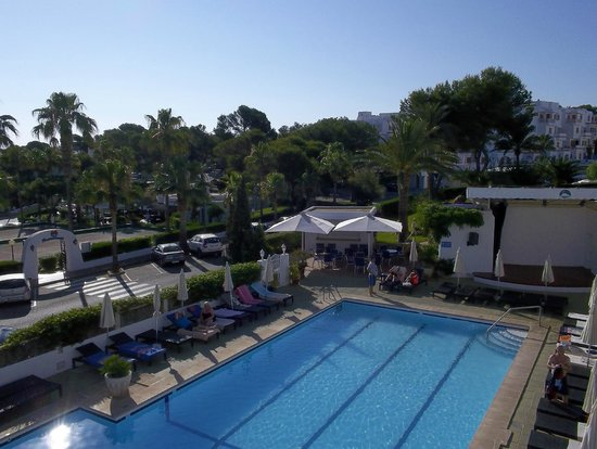 Hotel Rocamarina: View from terrace