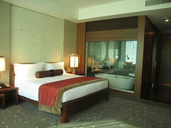 Conrad Tokyo: Another view of the bedroom and bathroom