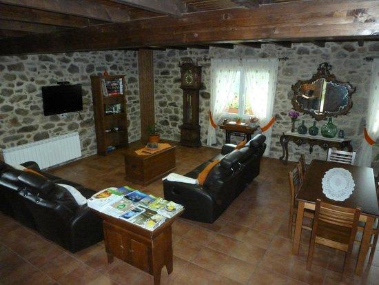 A Baña, España: Sala de estar