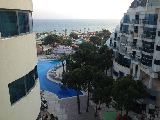 Cornelia De Luxe Resort: Вид