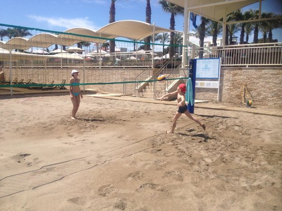 Cornelia De Luxe Resort: пляж