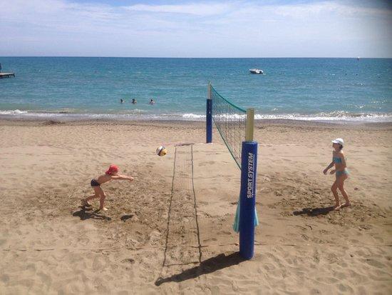 Cornelia De Luxe Resort : пляж