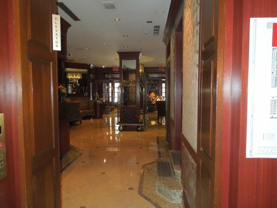 The Iroquois New York: looking into the lobby via the Lantern's Keep