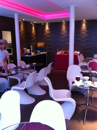 Moderne St-Germain Hotel : Breakfast area in the hotel.