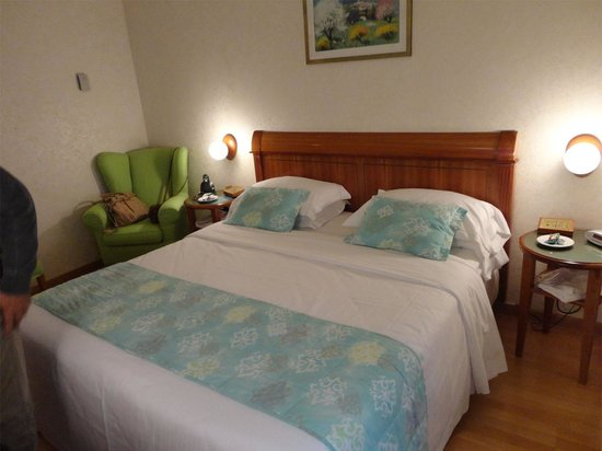 Best Western Hotel Firenze : Quarto confortável. Silencioso.