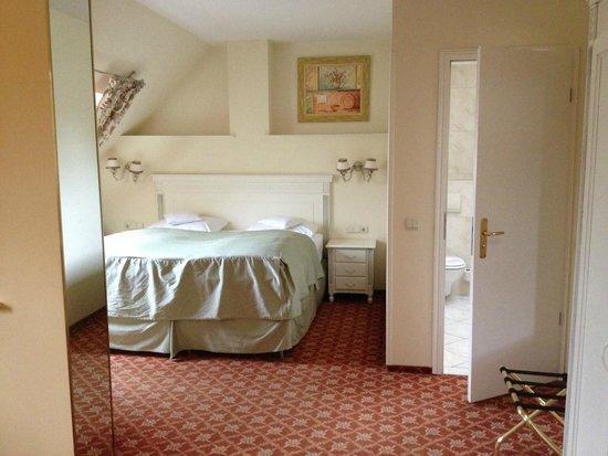 Augusta Hotel: Второй номера, который нам дали, лучше
