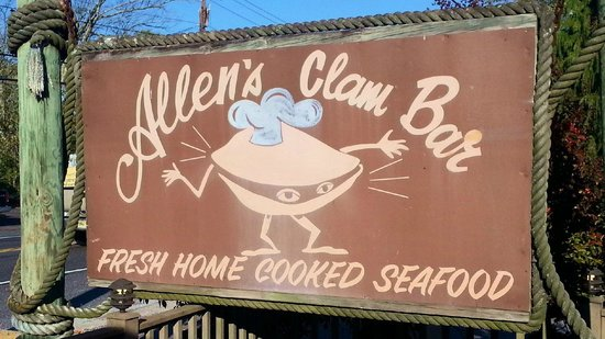 Allen's Clam Bar: Nice sign!