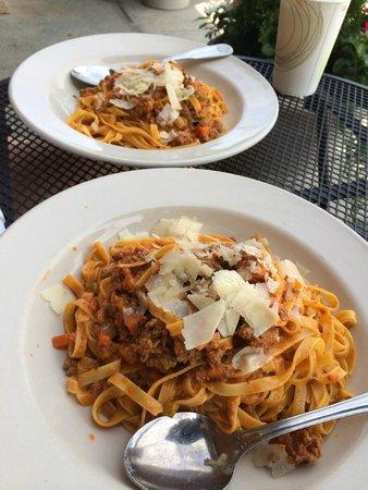 Renzo's: Pasta Bolognese
