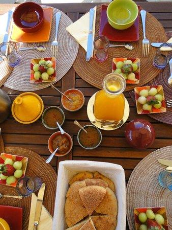 Dar Victoria : Petit dejeuner, aussi beau que bon