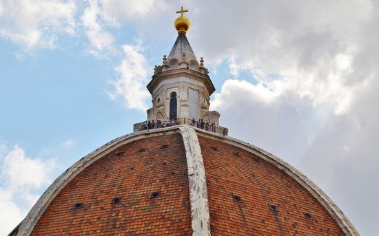 Campanario de Giotto: A view of the top of the dome from the Bell Tower