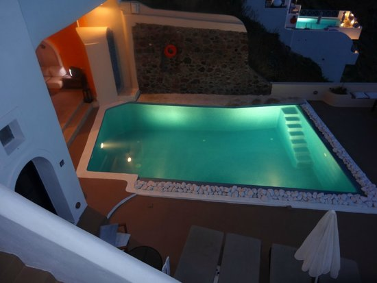 Afroessa Hotel: View of the pool from room 7
