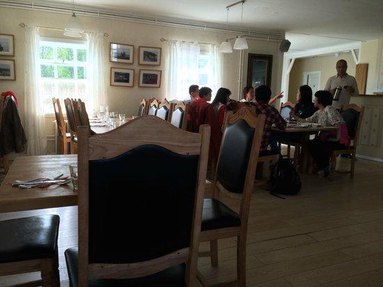Restaurant Lindin Bistro Cafe: Inside