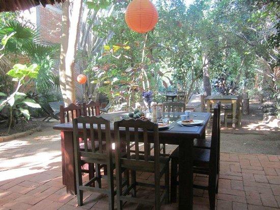 Orale Cafe : la table familiale