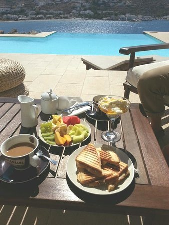 Seabreeze Hotel: Breakfast