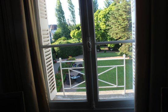 Hotel le Clos d'Amboise : Vista do quarto