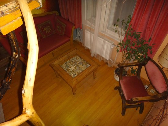 ARTHARMONY Pension & Hostel: Janina - view of sitting area from loft (window opens to enclosed courtyard