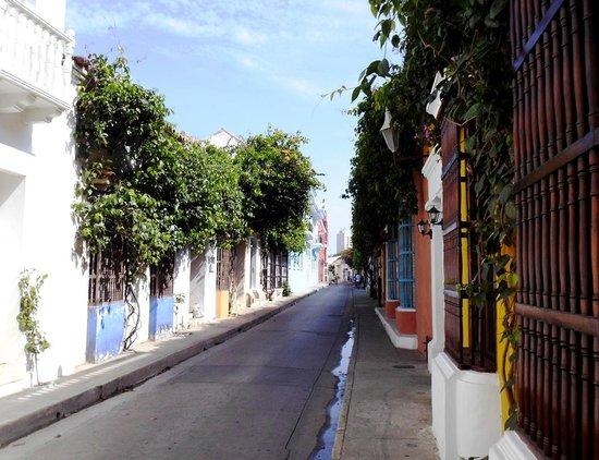 Muraille : Calle del la ciudad amurallada