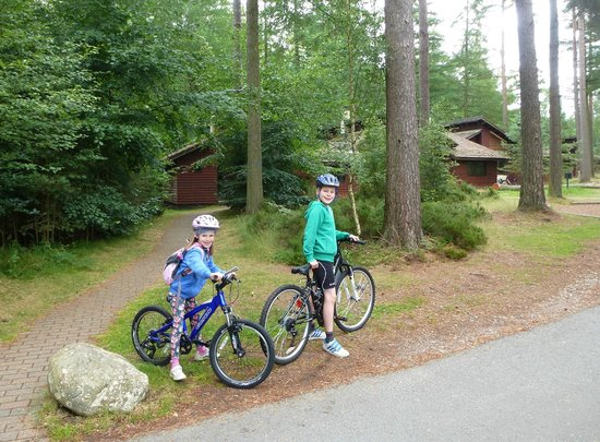 Center Parcs Whinfell Forest: Off on our bikes