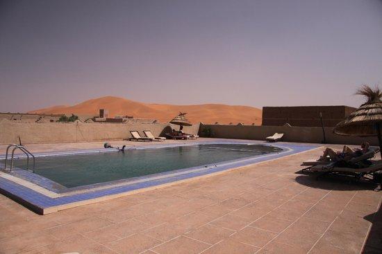 Merzouga Desert: La piscina nel deserto