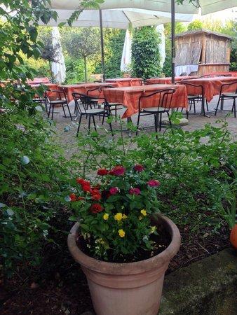Gasthof Feldheim: In estate si mangia fuori