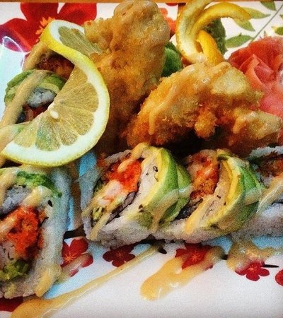 Num Thai Restaurant and Sushi Bar : Lobster Tango Roll...to die for...