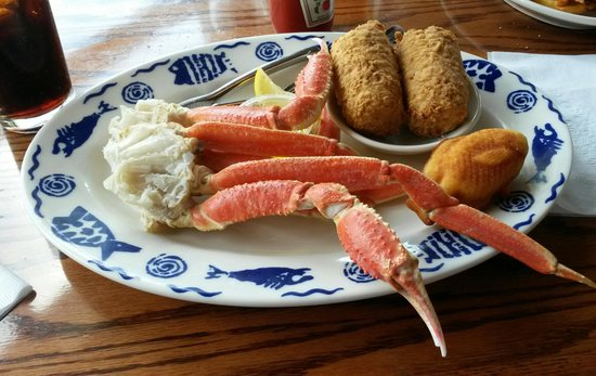Riverfront Seafood Company: Meaty crab legs