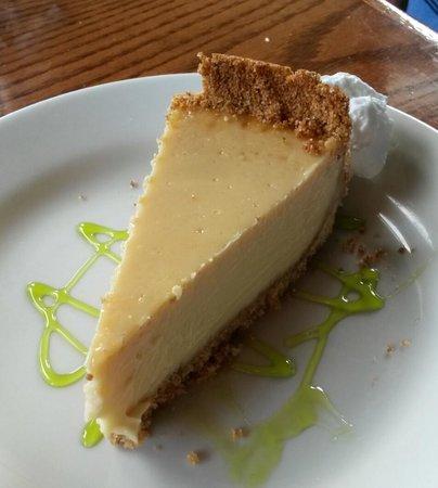 Riverfront Seafood Company : Yummy Key Lime Pie