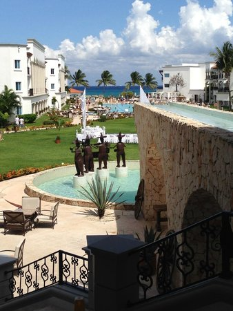 The Royal Playa del Carmen: View from lobby