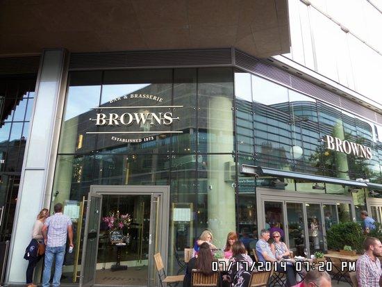 Browns Bar & Brasserie: please visit it's great..😁