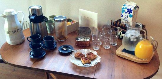 Hemmesaker Bed and Breakfast: Frukostbuffén