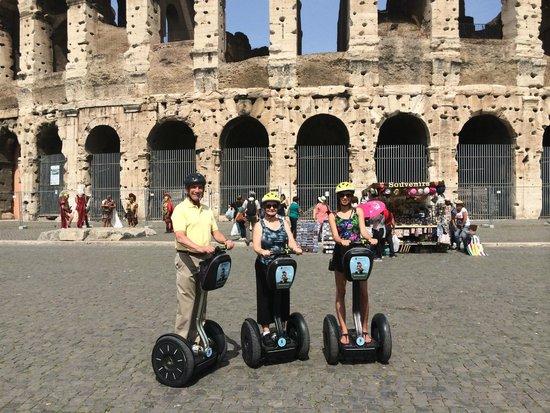 LivItaly Tours: Colosseum