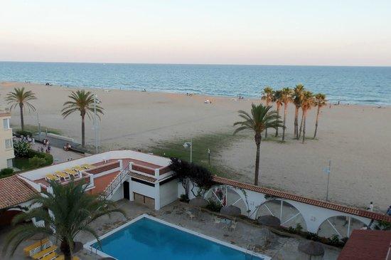 Gran Hotel Europe Comarruga : Вид из номера 419.