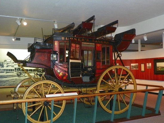 Adirondack Museum: Stage coach