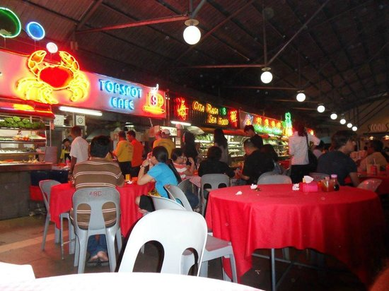 The seating and  surrounding restaurants of Top spot Food Court