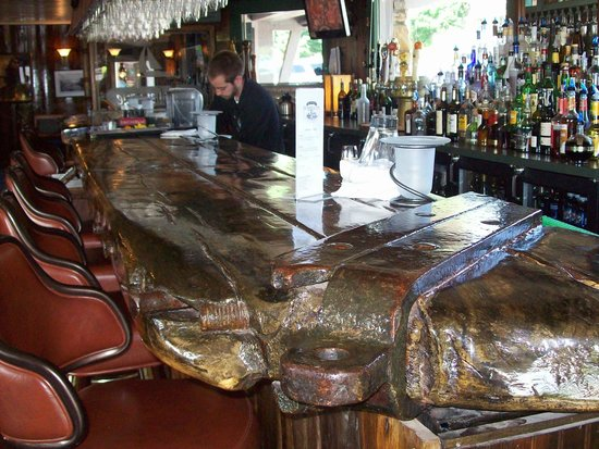 Stafford's Weathervane Restaurant : Awesome bar!