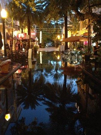 Hosteria Romana : L'espagnola way juste après la pluie a Miami !!!��