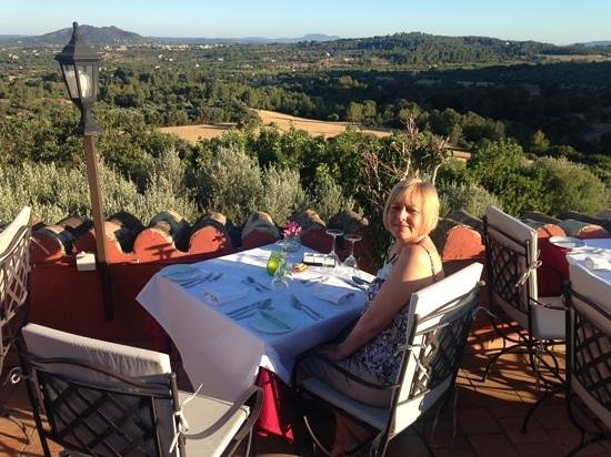 Finca Es Castell: view to savour with your meal