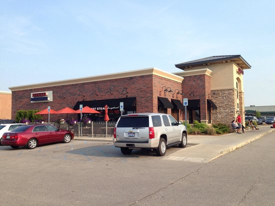 Lucky's Steak House : Exterior view